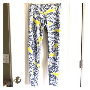 Mid rise Alo Yoga leggings